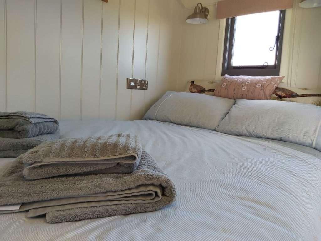 Shepherds hut double bed